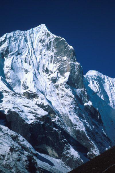 Teng Kang Poche, S stena, Nepál.