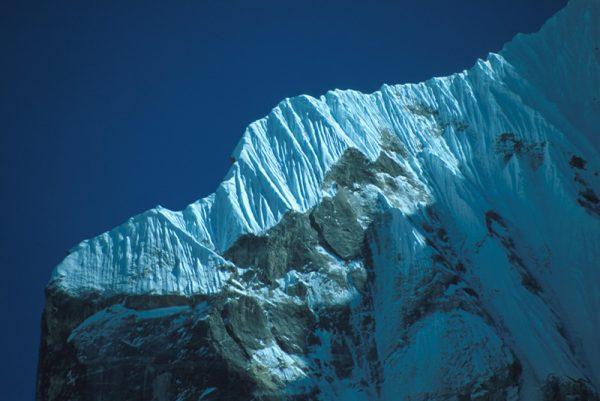 Vrchol S steny a vrcholový hrebeň na Teng Kang Poche.