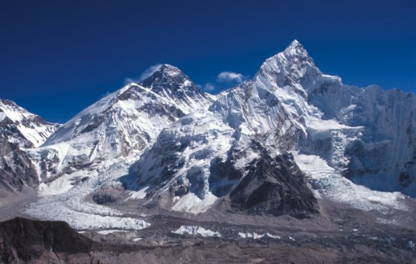 Everest a Nupce.